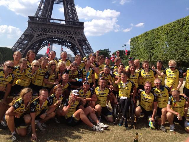 Vi har cyklat till Paris!!