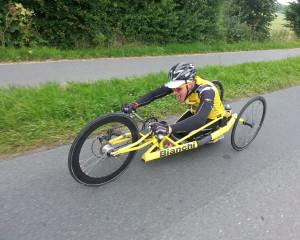 Aron Anderson cyklar till pParis med Team rynkeby